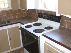 1007 S Main Kitchen