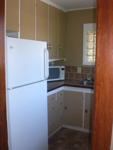 1007 S Main Kitchen2