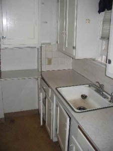 985 NE C Kitchen2